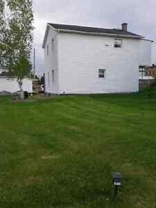 immeuble a revenus / 5 logements / près de tous les services Saguenay Saguenay-Lac-Saint-Jean image 10