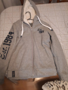 Ladies zip-up sweater size small name of sweater Spanish Harlem