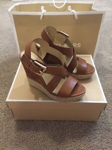 Giovanna wedge (used once) size 6 1/2