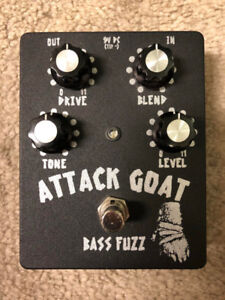 Wounded Paw Attack Goat Bass Fuzz #111