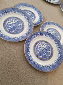 4 x Willow side plates