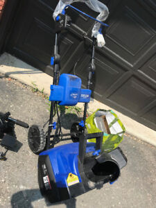 ELECTRIC CORDLESS SNOW BLOWER,