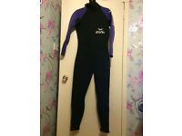 Gul Men's 2X3 Wetsuit size Medium