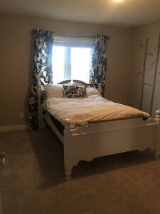 Room for Rent - Close to Fanshawe and Hospital Female only