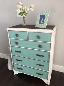 Shabby chic solid wood dresser
