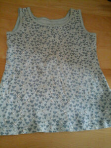Levi's Tank Top Size 4-5 for girls