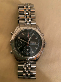9)Men vintage seiko chronograph watch.
