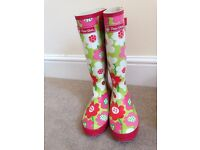 Pair of ladies wellies size 8 Peter Storm Wellington boots