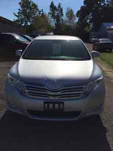 2011 Toyota Venza Crossover - One Owner - Only 90299km!! Kitchener / Waterloo Kitchener Area image 2