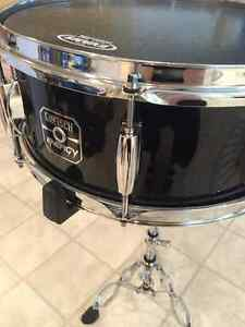 "Gretsch Energy 14""snare drum with Evans onyx head"