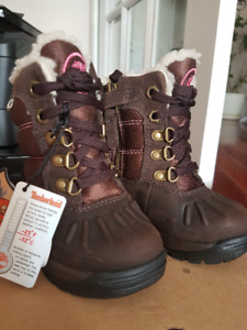 Timberland Winter Boots Size 4 EU 20 - NEW