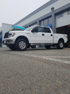 2013 Clean Low Mileage Ford F-150 Crew Cab 4X4 with 8200 GVW