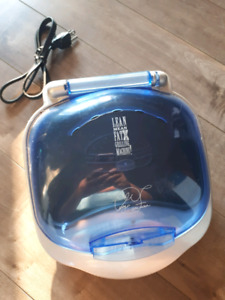 George Foreman Grill with bun warmer on top