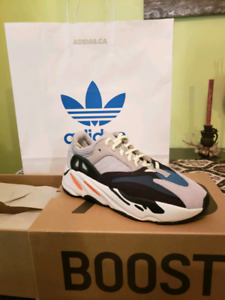 Yeezy Boost 700 - Size 8