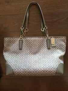Authentic Coach purse Peterborough Peterborough Area image 1