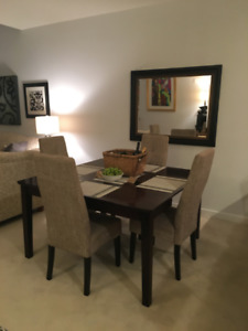 FURNISHED 3 brm Condo Avail Sept 2019 - Pool, Fitness Center