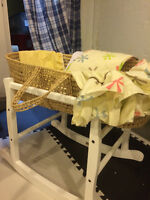 Basinette - Basinet - Moses Basket - by Jolly Jumper