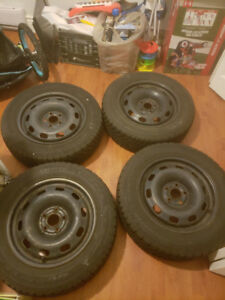 Used (8,000km) 195/60/15 Rim (CT Steels) & Tires (Nordic Winter)
