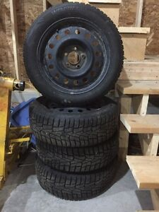 Winter tires for sale. Pneus d'hiver a vendre
