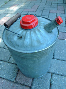 Oil can, Vintage oil can, London Ontario image 1