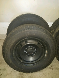 4 Cooper Discoverer M+S Snow Tires 265/70R17