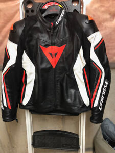 DAINESE ASSEN LEATHER JACKET - SIZE 60