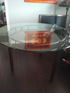Classy Pub/Counter Height dining table
