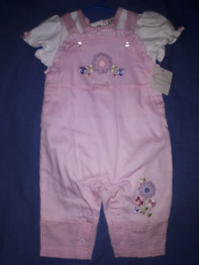 First Moments Layette Baby Girls 2pc Outfit,3/6mts New with Tags