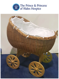 Whicker Crib by MJ Mark Bianca Uno Spoke Wheels