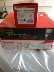 Brand New Brembo Rotors and Brake Pads (rear) for Acura / Hond