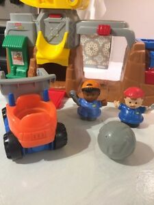 Fisher price little people playset Strathcona County Edmonton Area image 2