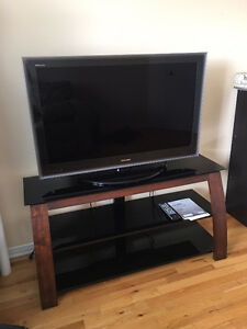 Toshiba 42 inch and stand