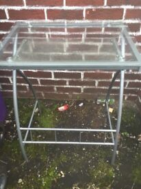 Free glass computer table
