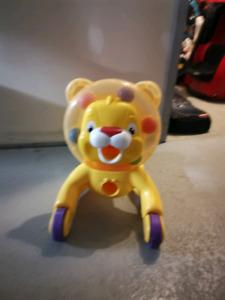 lion activity rider
