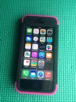 Iphone 5 noir 16 gig Rogers/chatr avec cover