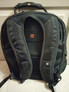 Swiss Gear Laptop Bag - New with Tags Kitchener / Waterloo Kitchener Area image 2