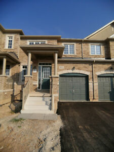 Oakville Urban Core Brand New 3B 2-story Townhouse for lease