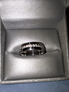 NEW Men's size 9 band