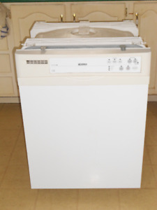 Lave Vaiselle 'Kenmore' Dishwasher