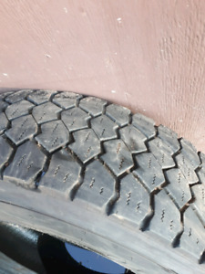 3 225/75r19.5  truck tires