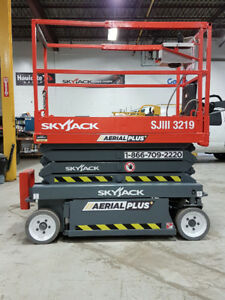 2007 SKYJACK SJ3219 Electric Scissor Lift, Like New