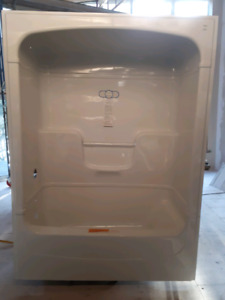 Mirolin White One Piece Tub and Shower