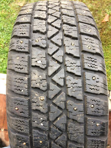 195/60R15 Arctic Claw winters on wheels