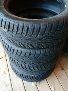 4- 205 55 16 Uniroyal Tiger Paw 3 Winter Tires