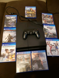 PS4 W/ CONTROLLER + GAMES 300$