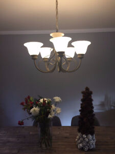5-Bulb Dining Room Chandlier