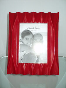 CLAIR DE LUNE RED MODERN PHOTO/PICTURE FRAME - NEW WITH TAGS Cornwall Ontario image 4