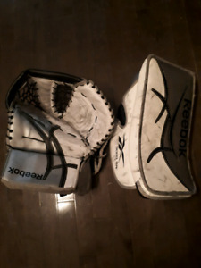 Mitaine et bloqueur Reebok 9000 Senior trapper and blocker