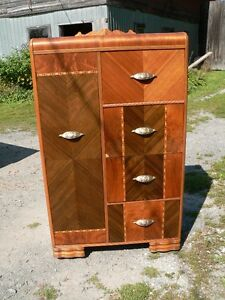 belle grosse commode penderie # 1055