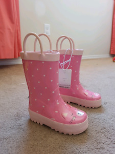 Infant girl rain boots size 5 *Brand new *